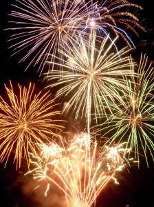 firework-final-display-662056-m.jpg